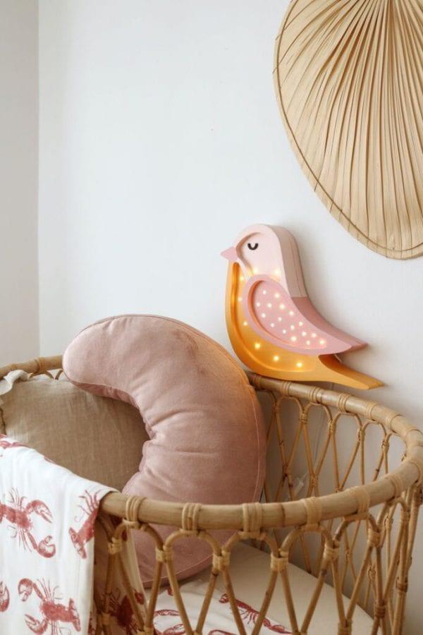 poduszka do karmienia pudrowy roz otulacz lobster pink