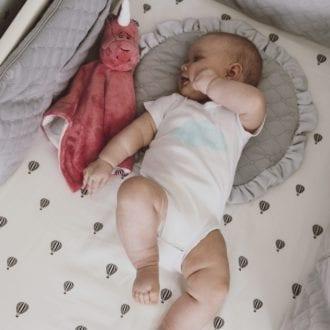 plaska poduszka dla najmlodszych rozowa 2031