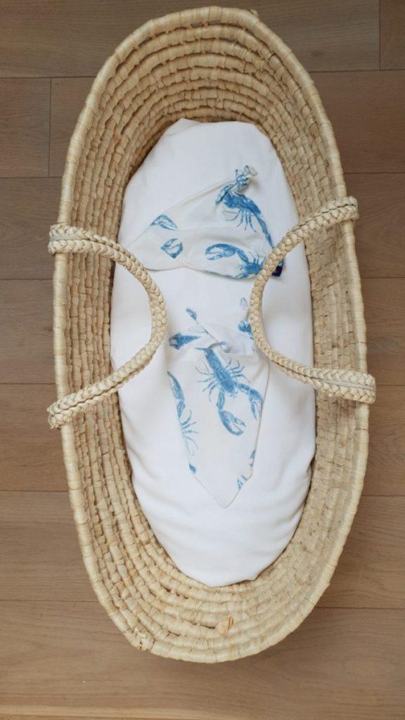 chusteczka z daszkiem czapeczka chusteczka trojkatna pod szyje apaszka blue lobster vibes