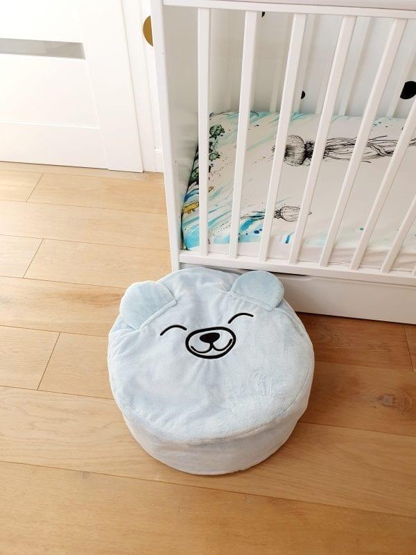 blekitny mis mini puf mini pufa dla dzieci do pokoiku dzieciecego mini puf z wypelnieniem mini pufa worek