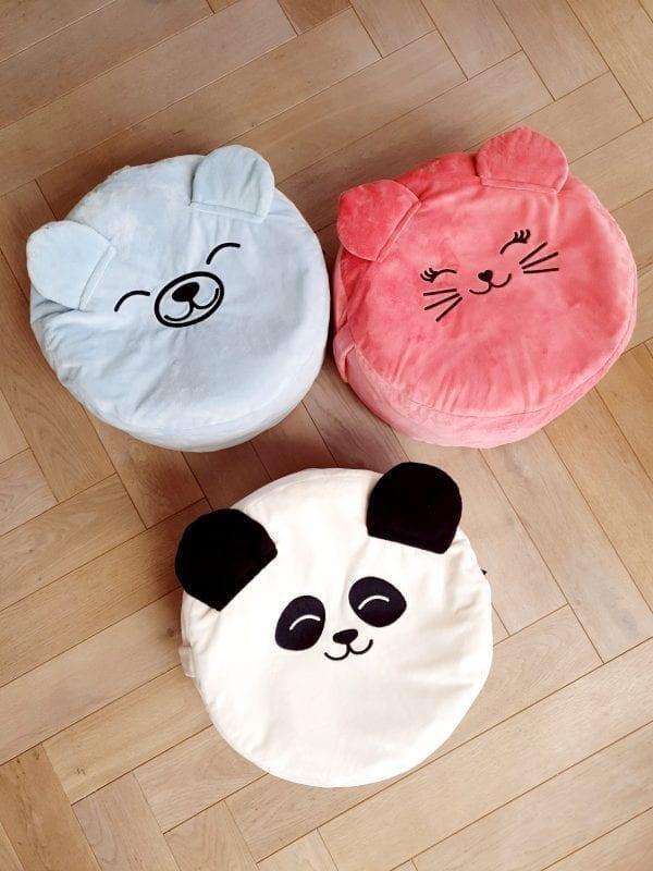 truskawkowy kotek biala panda blekitny mis z wypelnieniem mini pufa dla dzieci mini pufa do pokoiku siedzisko dla dzieci