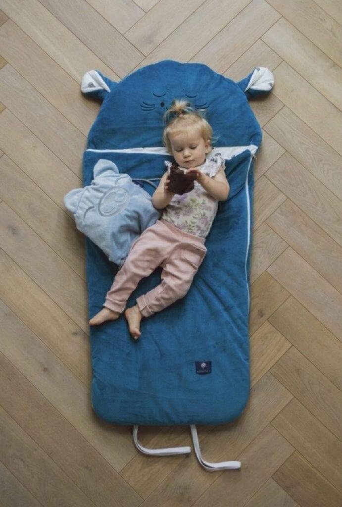 drzemka dziecka w domu