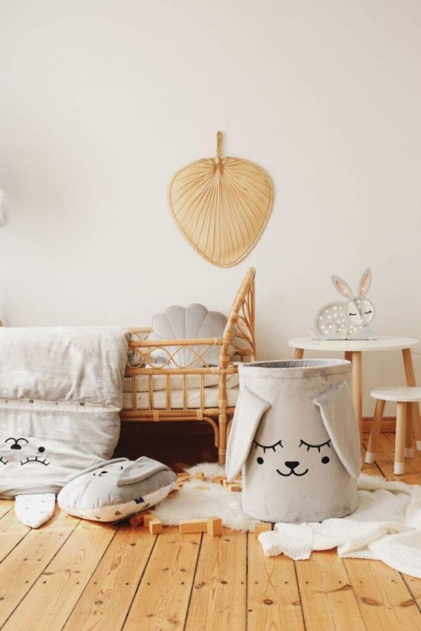 kosz szary zajac i poduszka szary zajac