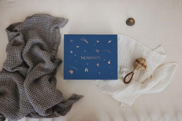 moments box navy blue