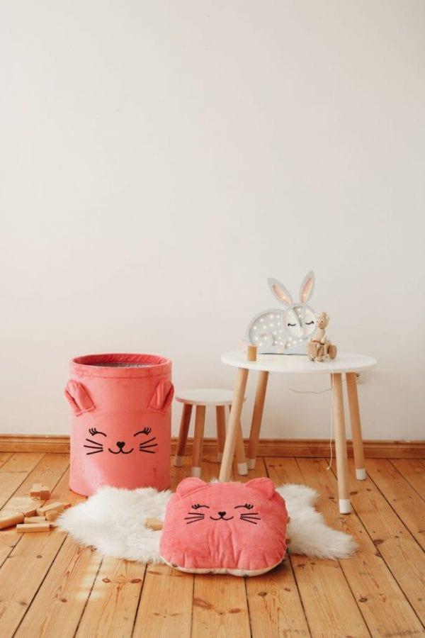 poduszka i kosz truskawkowy kotek