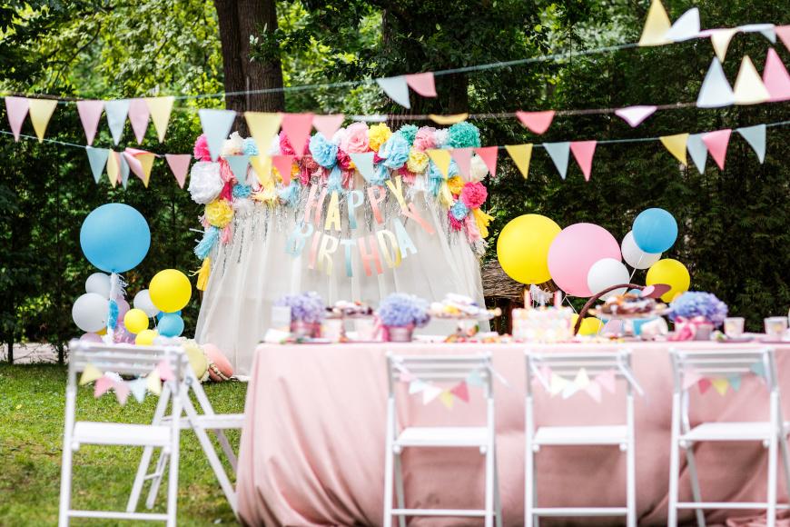zabawy urodzinowe w ogrodzie