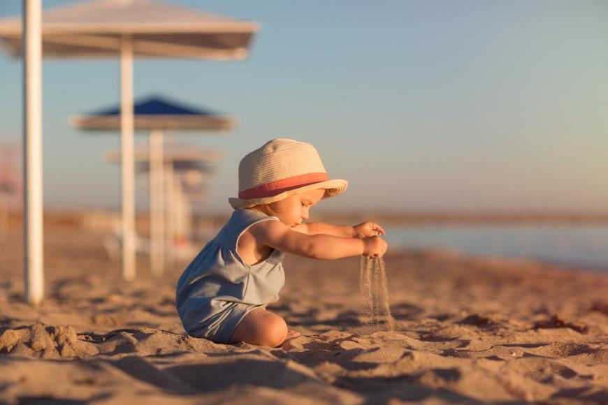 co na plaze z dzieckiem