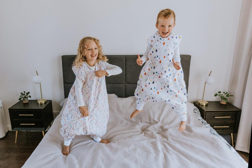 Śpiworek do spania z nogawkami 2-4 lata  ZIG ZAG
