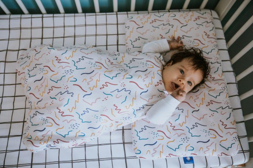 Kącik dla dziecka w sypialni