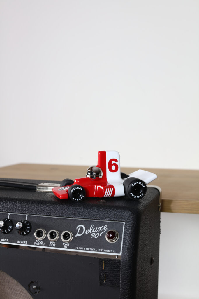 Playforever mały bolid dla dzieci PL VF301 Verve Velocita Jean