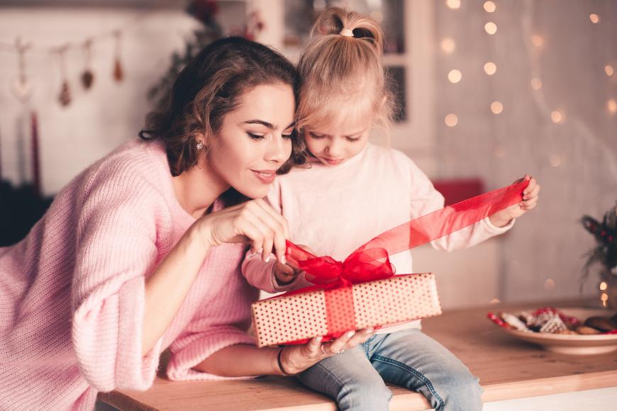 Jak ładnie zapakować prezent?