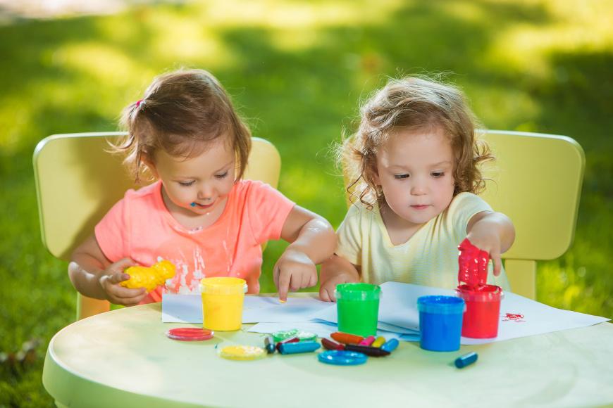 Zabawy dla 2-latka w domu