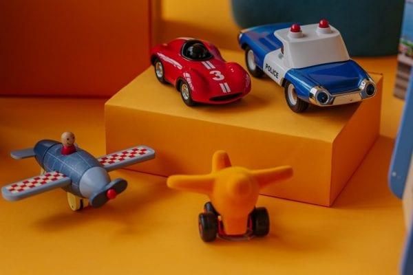 samolot , samochód