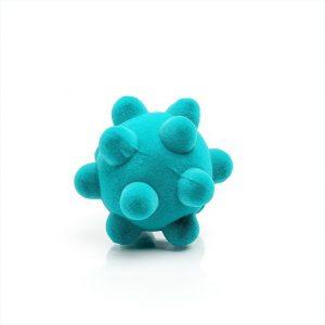 Mała piłka sensoryczna dla dzieci, turkusowy wirus od Rubbabu