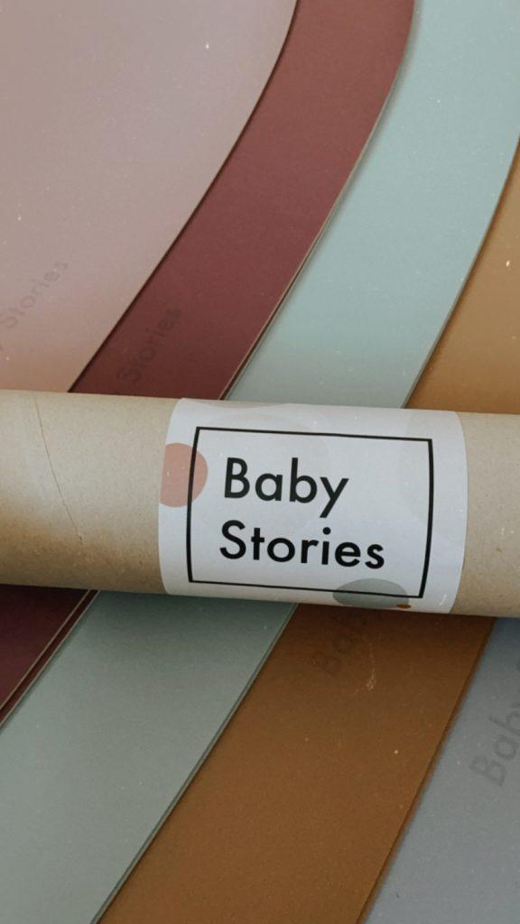Mata podłogowa w kolorze szarym od Baby Stories