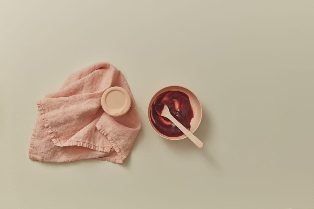 Zestaw naczyń dla maluszków Ekobo – Blush