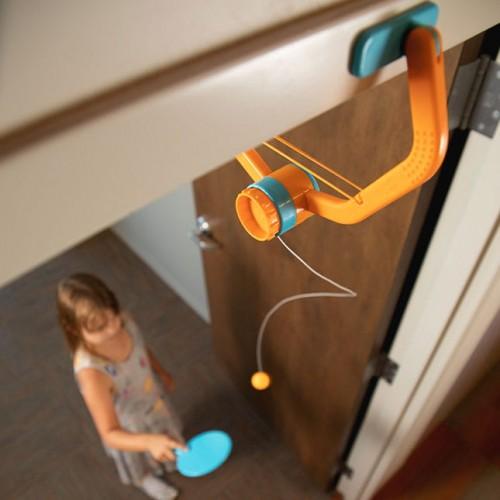 Door Pong – Ping Pong bez Stołu od Fat Brain Toys