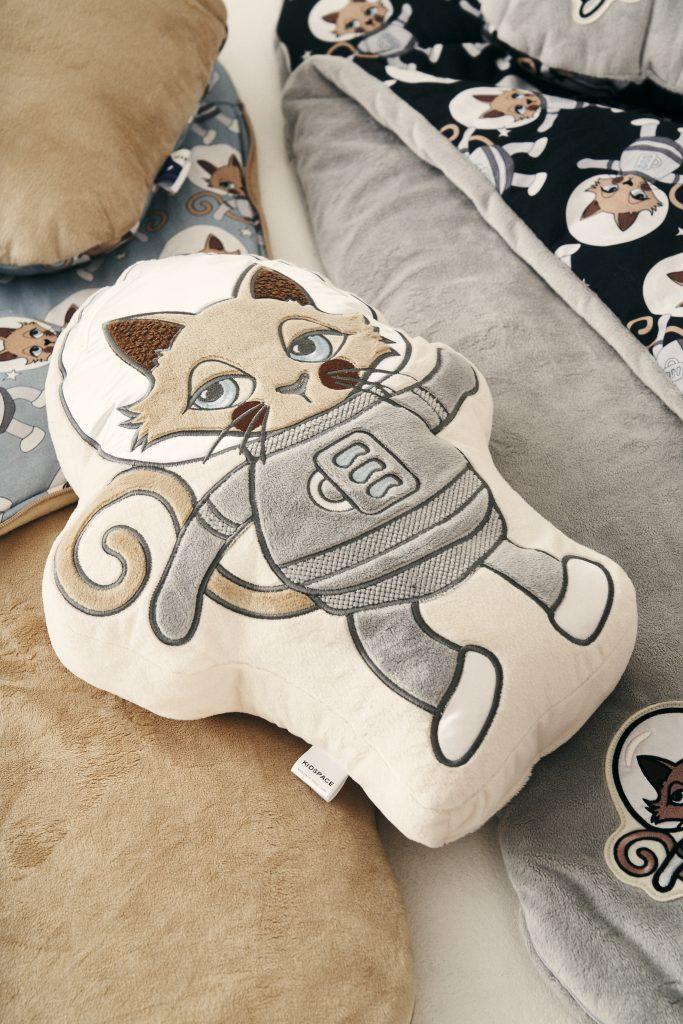 Poduszka dekoracyjna Astrokot