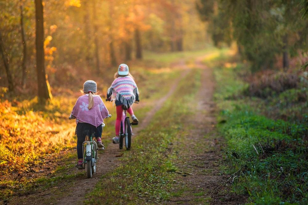 Gdzie pojechać z dzieckiem na jesienne wakacje?